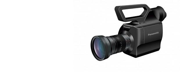 Panasonic předvedl novou videokameru AG-AF100, která používá Micro 4/3″ čip původně navržený pro zrcadlovky bez zrcadla. Vzal tak video funkcionalitu z HD-DSLR, dal mu pořádné kamerové tělo a vylepšil video […]